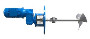 HRT side-entry agitator with mechanical seal and safety stuffing box